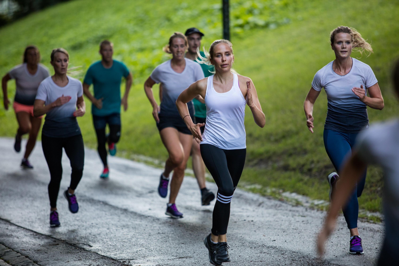 löparknä löpning