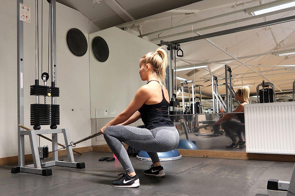 ida-warg-squats